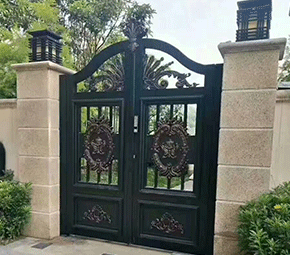 精制造铸铝门
