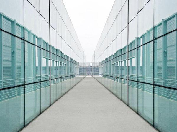 钢化玻璃怎么做的