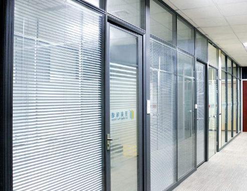 百叶中空玻璃价格是多少?百叶中空玻璃价格贵吗?