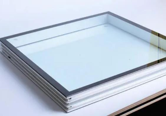 钢化玻璃生产厂家教大家预防钢化玻璃安全隐患