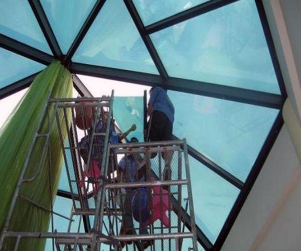 楼房玻璃贴膜