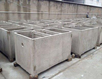 白银中天化工有限公司水泥隔油池安装