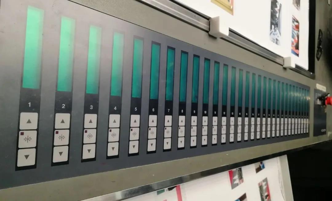 测控条的创新应用解决了印刷追色的难题
