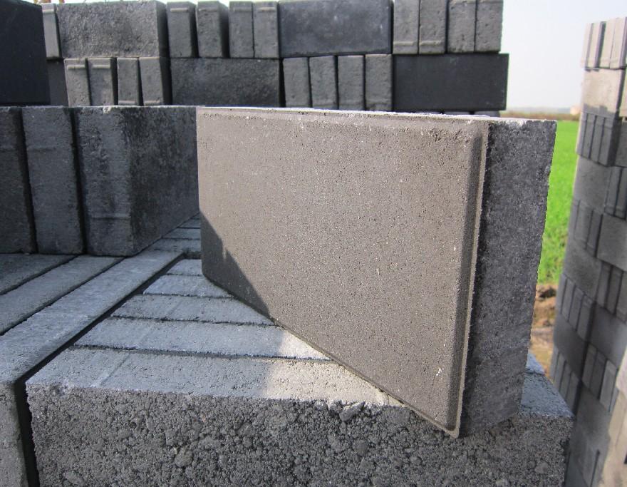 高性能透水砖铺装为居民生活带来了益处