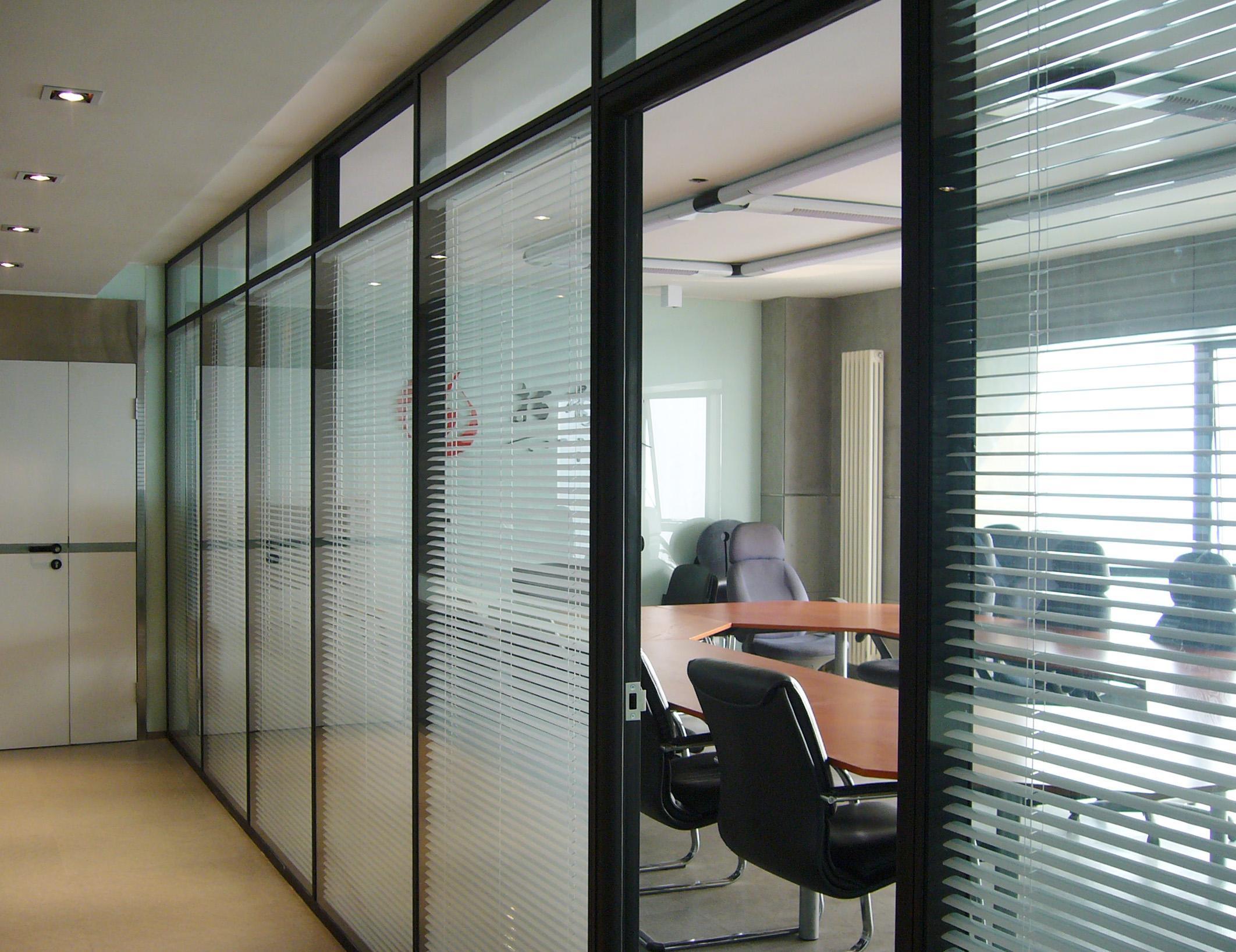 西安办公玻璃隔断认准西安大名装饰高隔间
