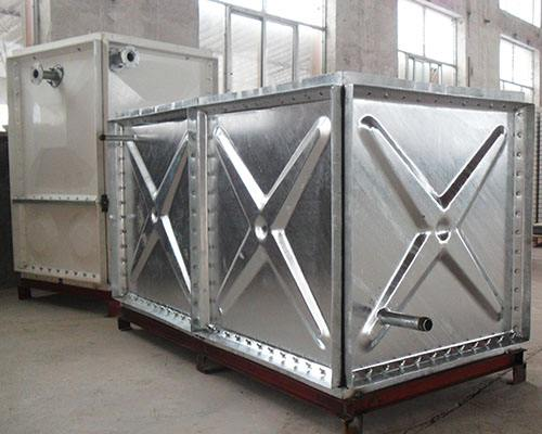西安不锈钢水箱定做玻璃水箱首选西安三迪不锈钢水箱厂
