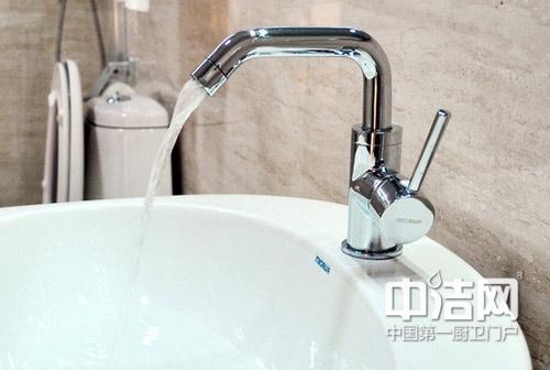 西安卫生间漏水维修不仅水龙头选购不仅需要多看多试