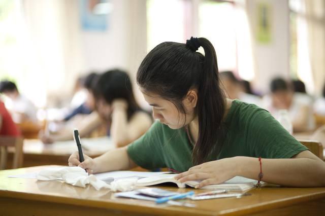中考考试前半小时内我们该做些什么?