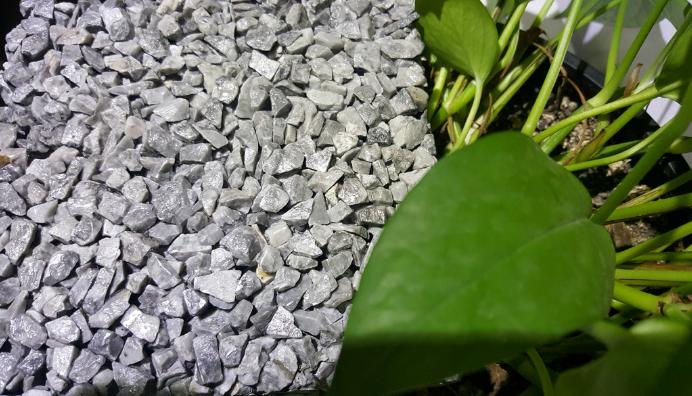 彩色沥青与塑胶地面的区别