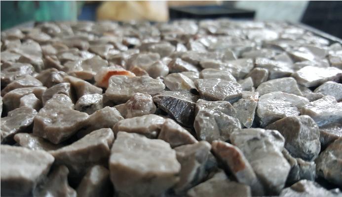 天然露骨料透水混凝土