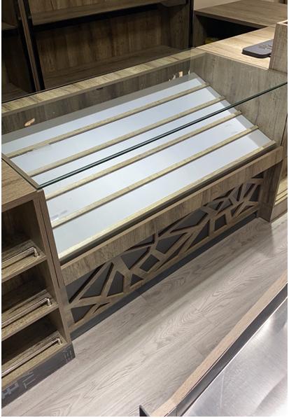 玻璃烟柜低柜