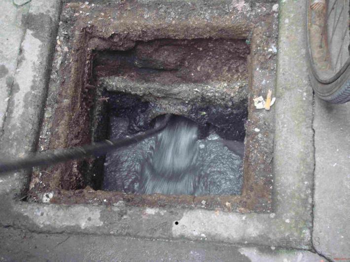 【西安西郊清理化粪池疏通下水道价格西安西郊清理道