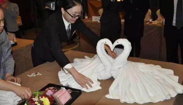 酒店客房用品毛巾折叠天鹅