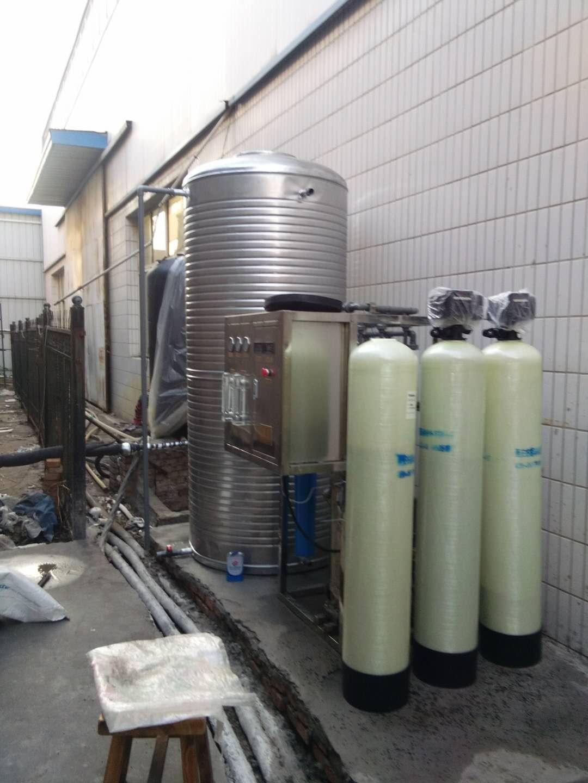 矿泉水超滤设备制取山泉水的工艺流程