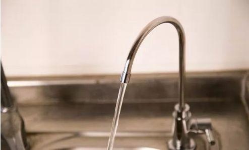 净水器突然不制水?出水有异味?解决办法在这里