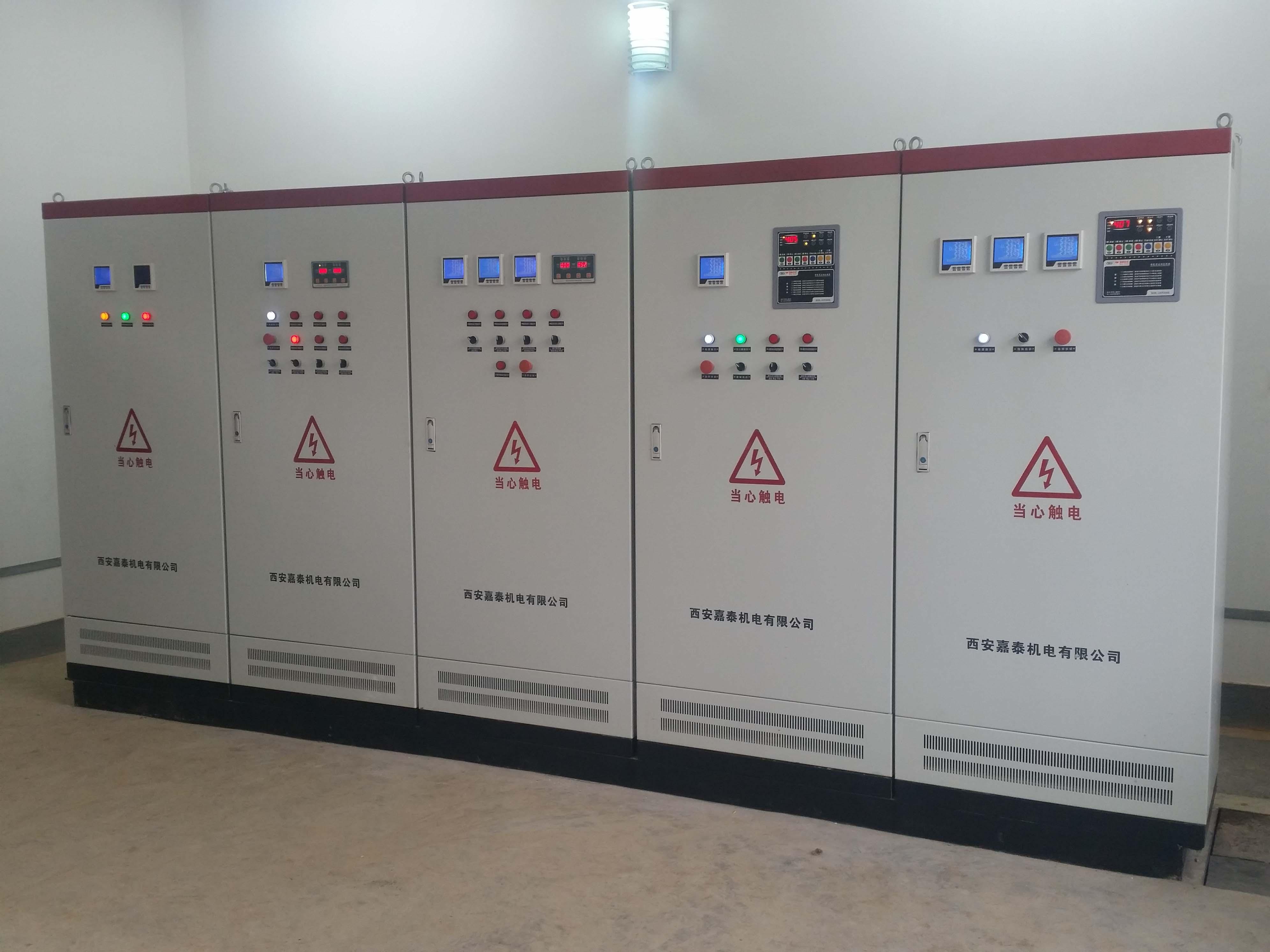 板換機組及消防控制柜