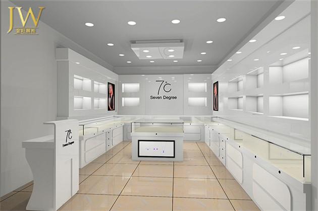 展柜设计公司为了追求店面的外在美,就设计出完美的外表和华丽的视觉