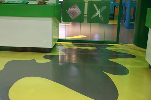 幼兒園選擇彩色橡膠地板可以激發孩子的活動力