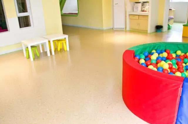 幼儿园橡胶地板