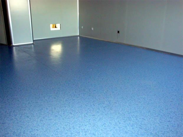 雷诺卷材橡胶地板的特点和应用领域