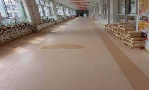 pvc塑胶地板哪家好