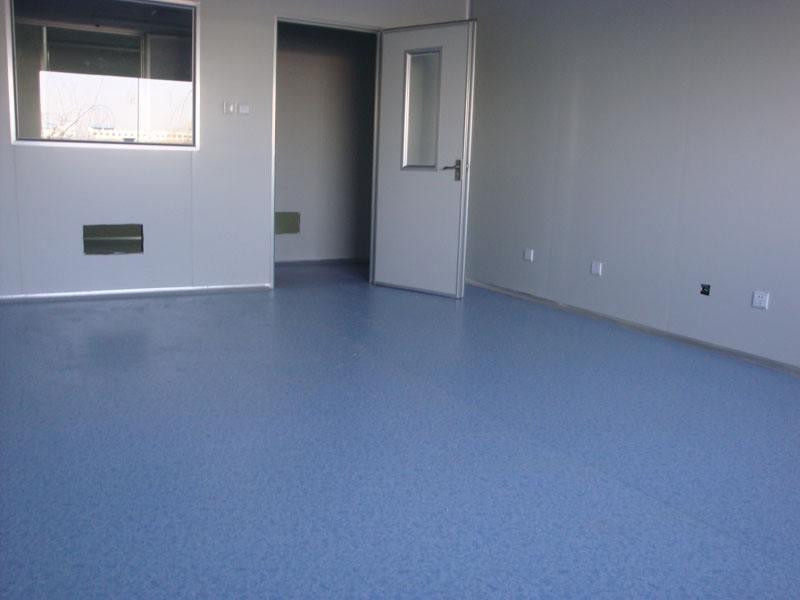 塑胶地板哪家好