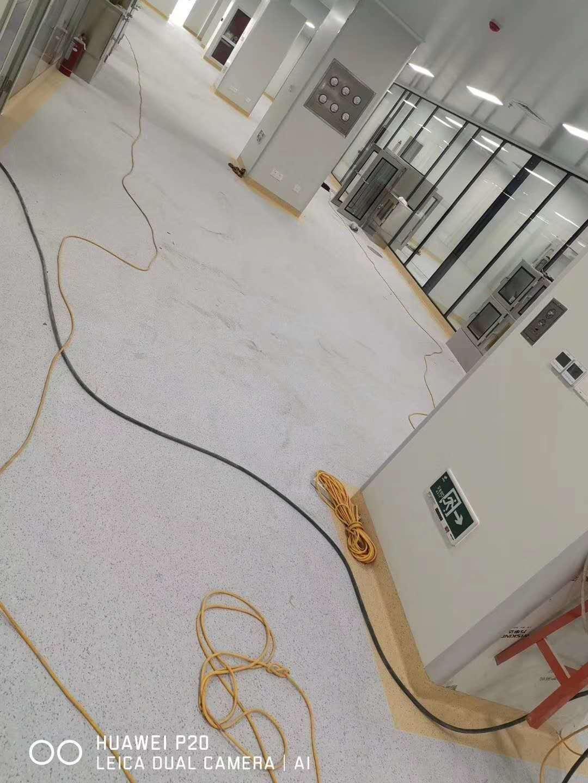 醫院pvc地板施工中