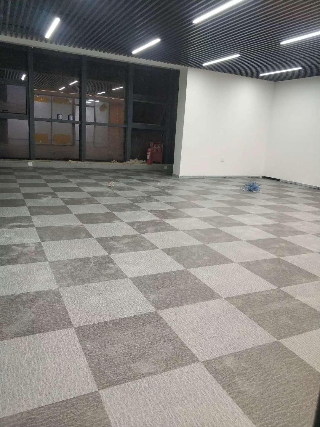 辦公室PVC塑膠地板施工