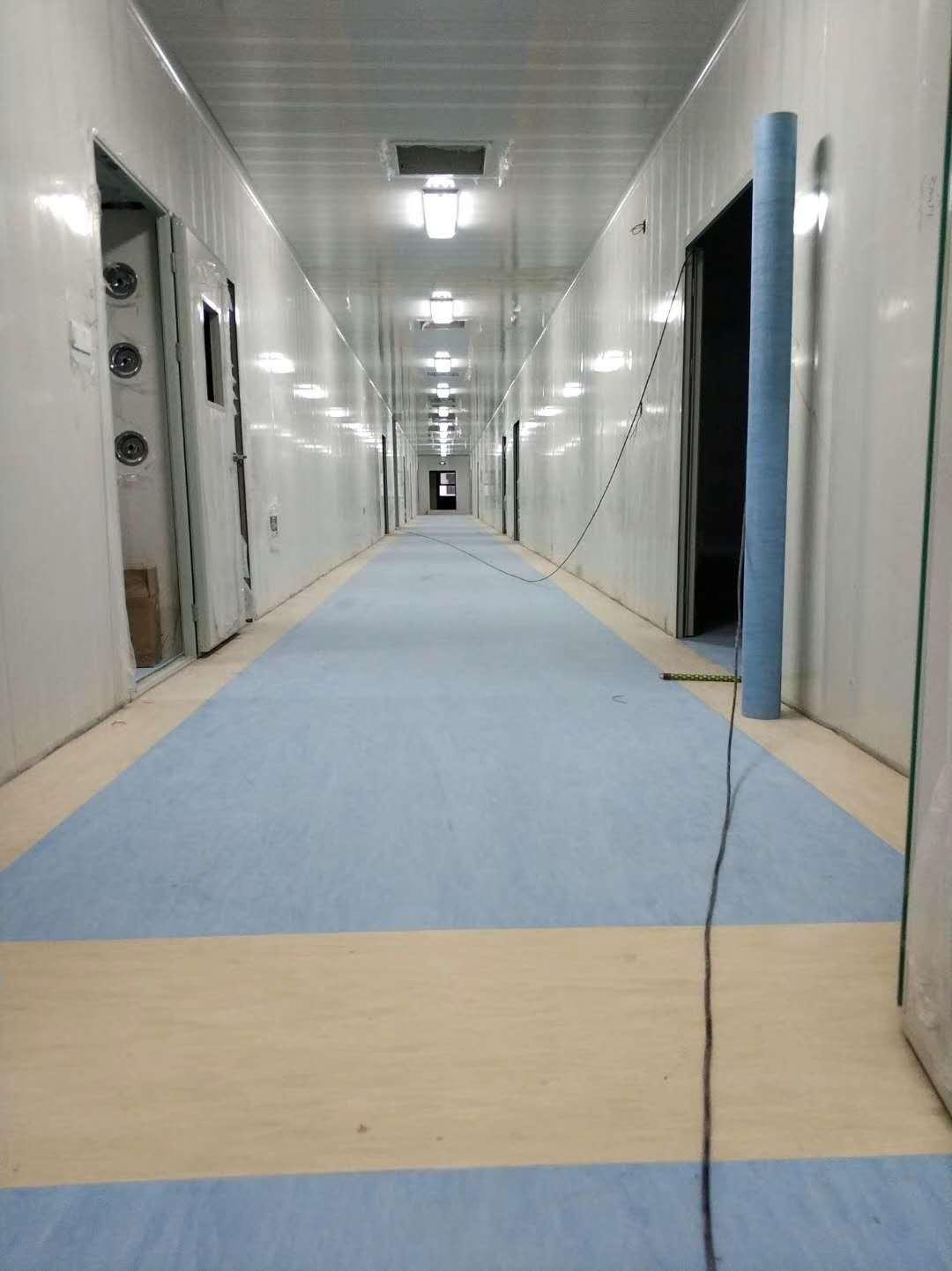 医院净化间塑胶地板施工完毕