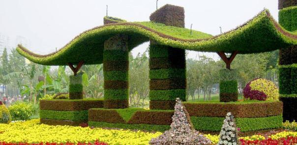 仿真植物绿雕的设计重点有哪些