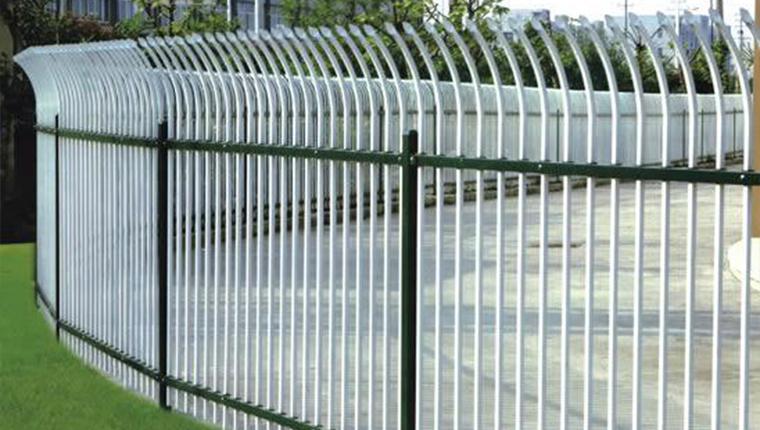 公路护栏的特点
