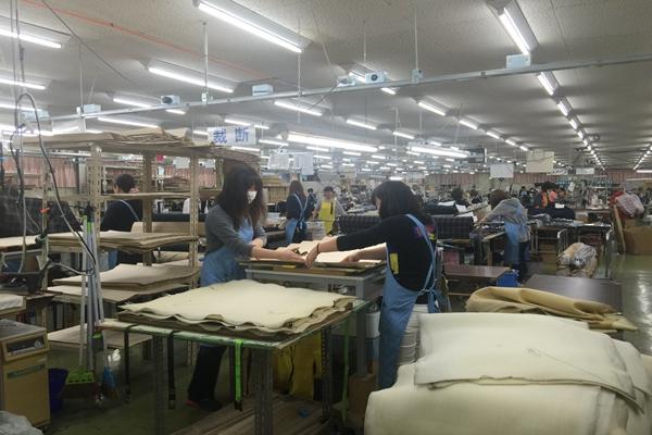 赴日本缝纫工