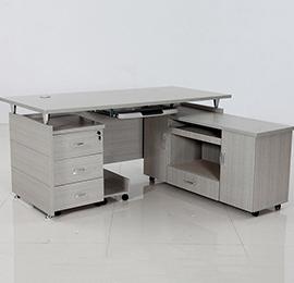 浅色简约型板式办公桌