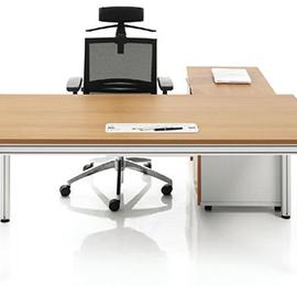 钢木办公桌椅