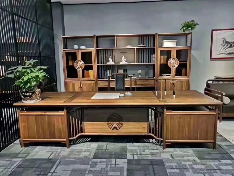 纯木型老板办公桌