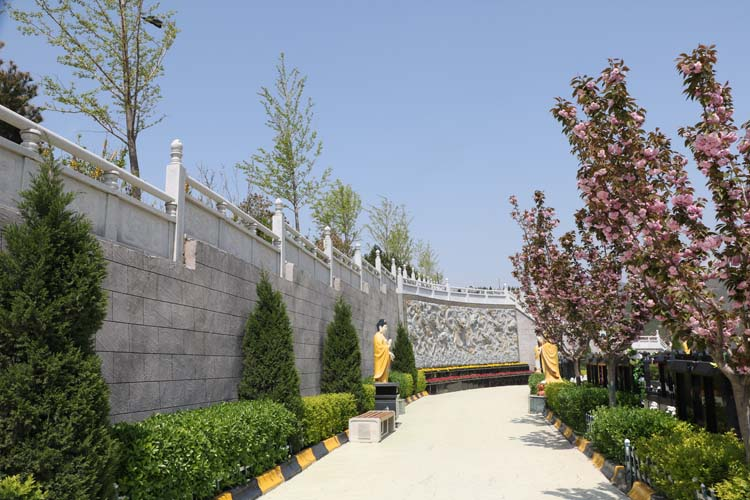 西安永久性陵园