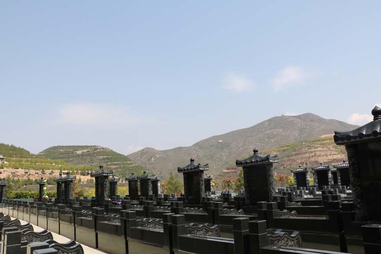 咸阳墓地陵园