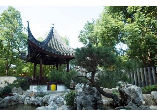中式私家小庭院鱼池假山