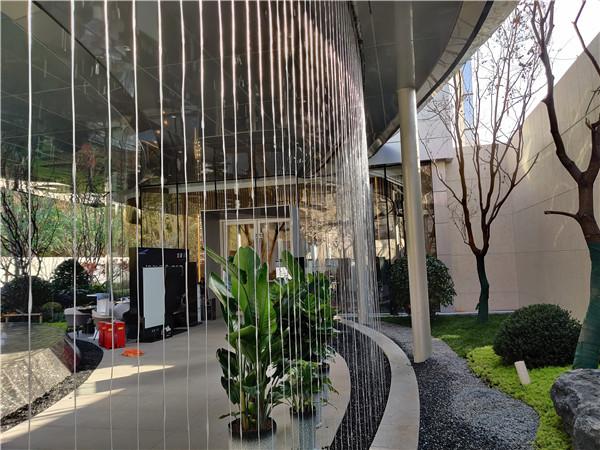 """幸福林带""""龙湖""""地产室外拉线水幕设计"""
