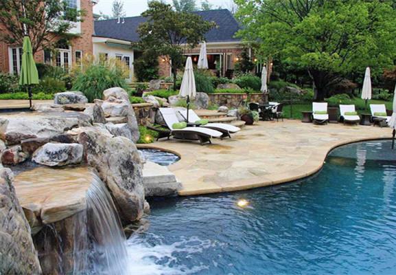 假山流水瀑布在庭院中的价值
