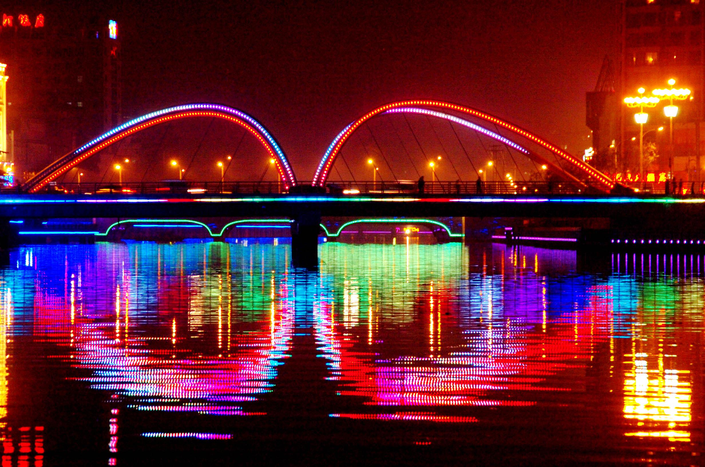 城市亮化(彩桥)