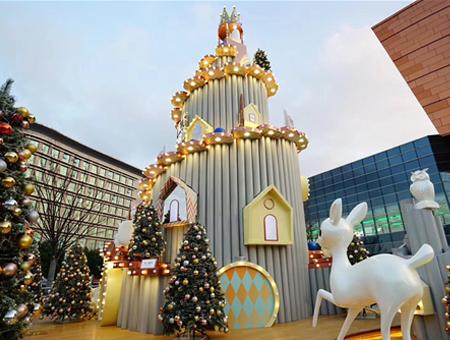 圣誕樹主題道具租賃