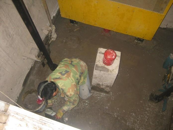 电梯井漏水