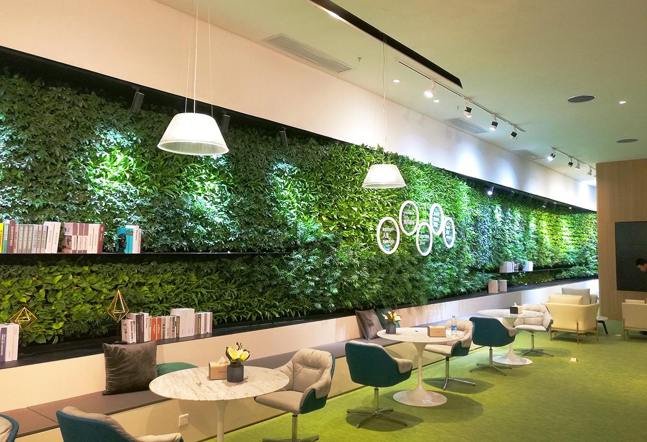 西安际华国际未来中心售楼部植物墙