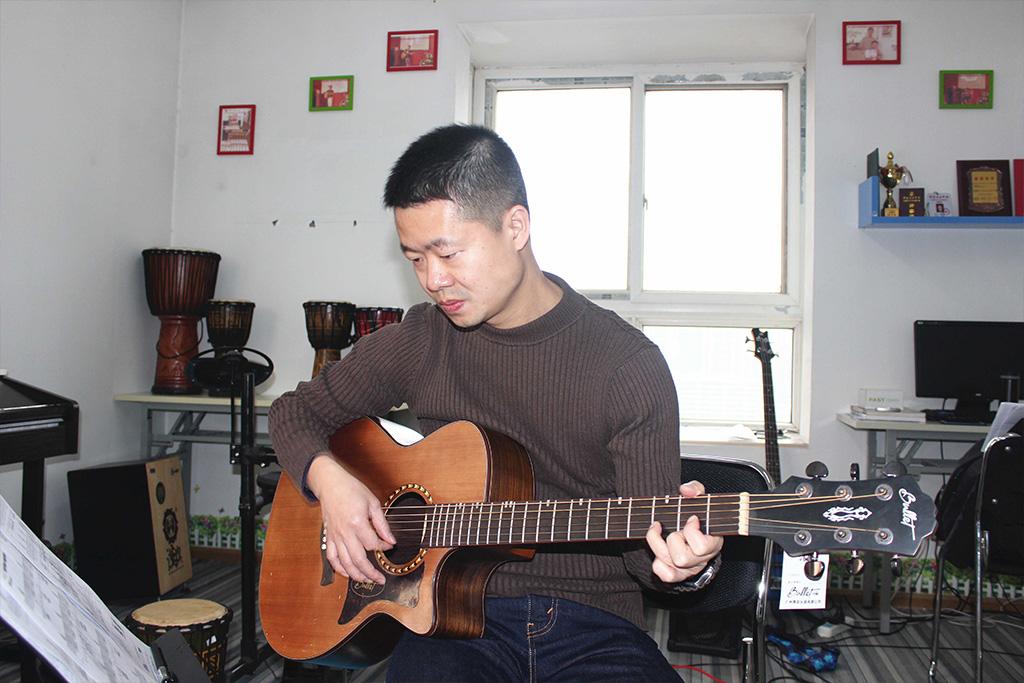 西安成人吉他培训