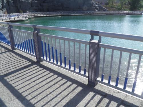 盖州/灯塔你知道桥梁护栏的主要用途有哪些吗?