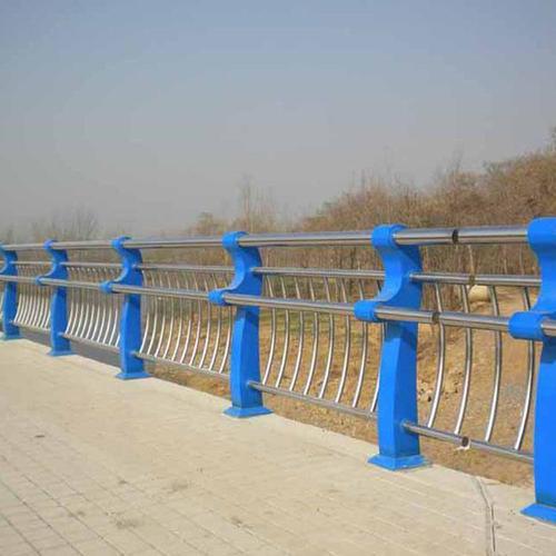 海城/東港我們的日常橋梁防撞護欄有哪些作用呢?