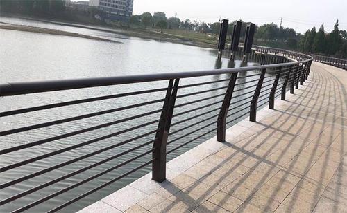 河道安全护栏