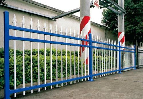 锌钢护栏成品价格与型材有什么区别