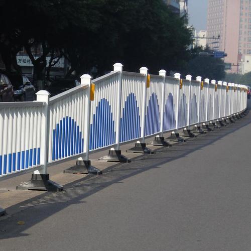 交通波形护栏